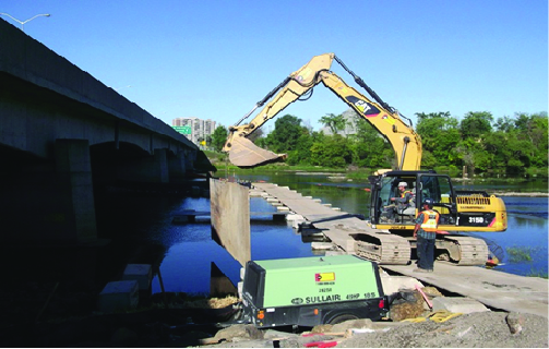 (2012-2014) Highway 417, Re-Construction of the Hurdman Bridge over the RideauRiver